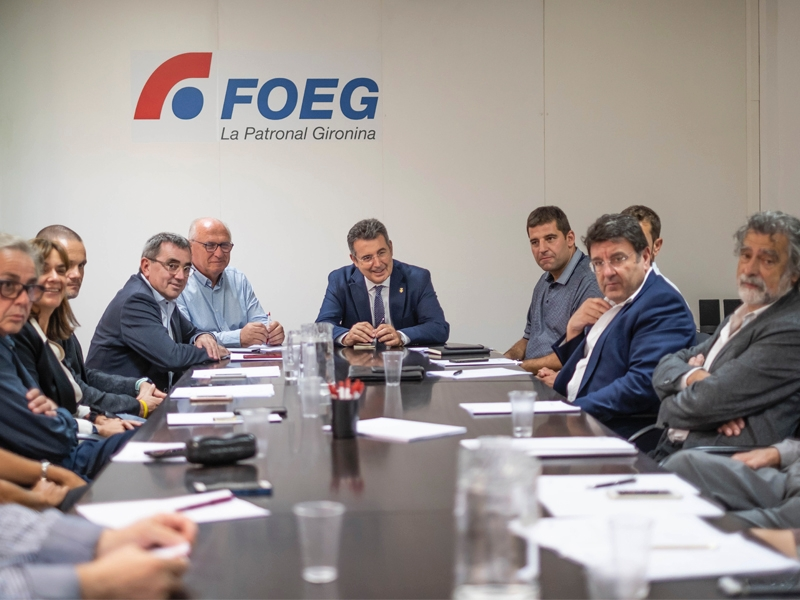 Foto 3 : Reunió empresarial a la Federació d'Organitzacions Empresarials de Girona <br>