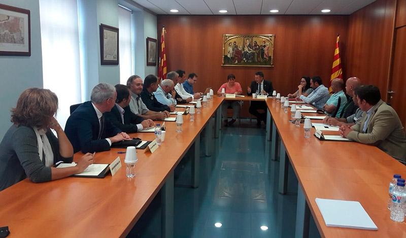 Foto 3 : El president Miquel Noguer es reuneix amb el Consell d'Alcaldes i amb la presidenta del Consell Comarcal de la Cerdanya<br>