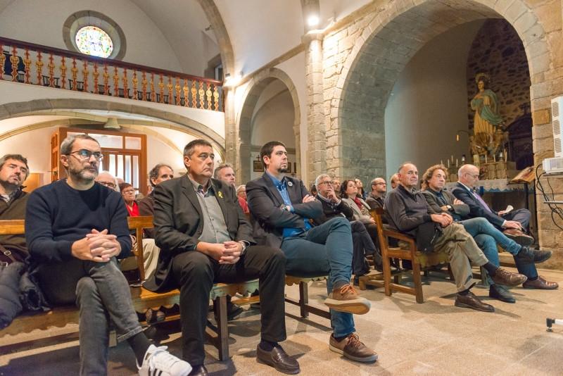 Foto 4: <p>El documentalista i cineasta Antoni Mart&iacute; Gich rep el Premi Cirera d&rsquo;Arbo&ccedil; del Consorci de les Gavarres</p>