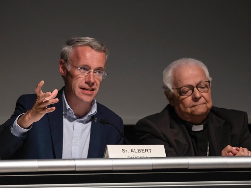 Foto 2 : S'obre el cicle de conferències sobre iconografia cristiana