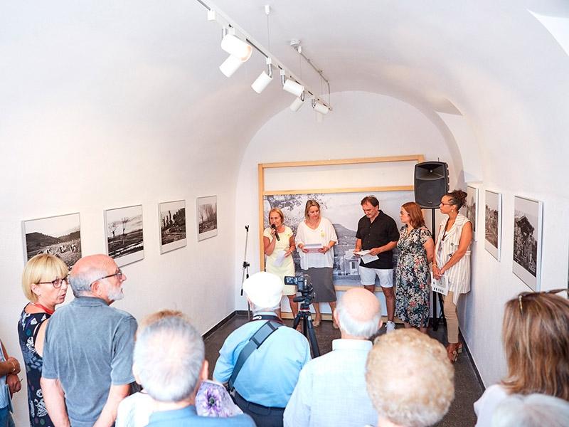 Foto 3 : L'exposició «Valentí Fargnoli. El paisatge revelat» s'inaugura a Amer