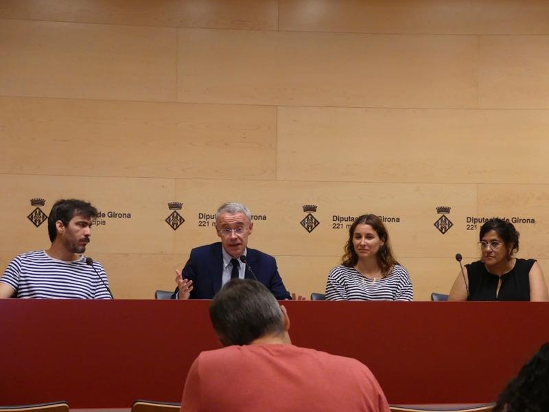 Foto 4: La desena edició de la Biennal d'Art de Girona premia 'In Limbus Melita' i 'La emancipación del Lord'<br>