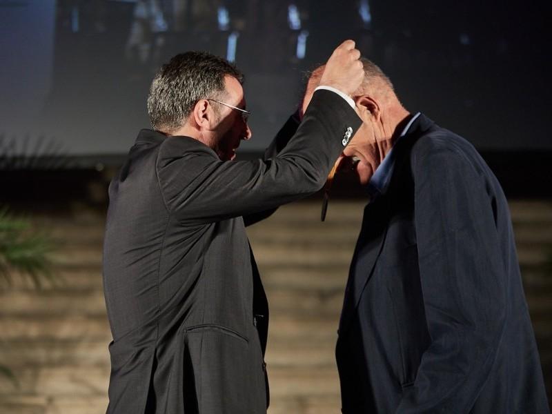 Foto 3 : Lliuren les Medalles de l'Esport en homenatge al llegat esportiu de quinze gironins