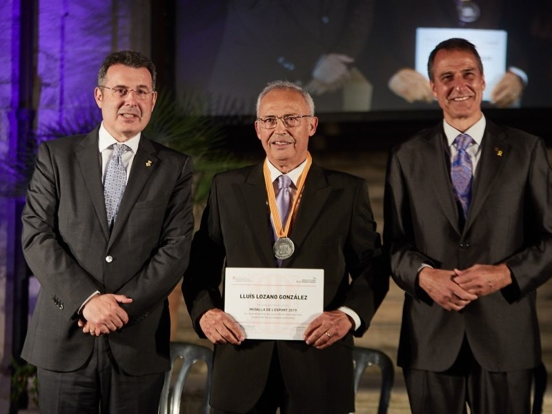Foto 7: Lliuren les Medalles de l'Esport en homenatge al llegat esportiu de quinze gironins