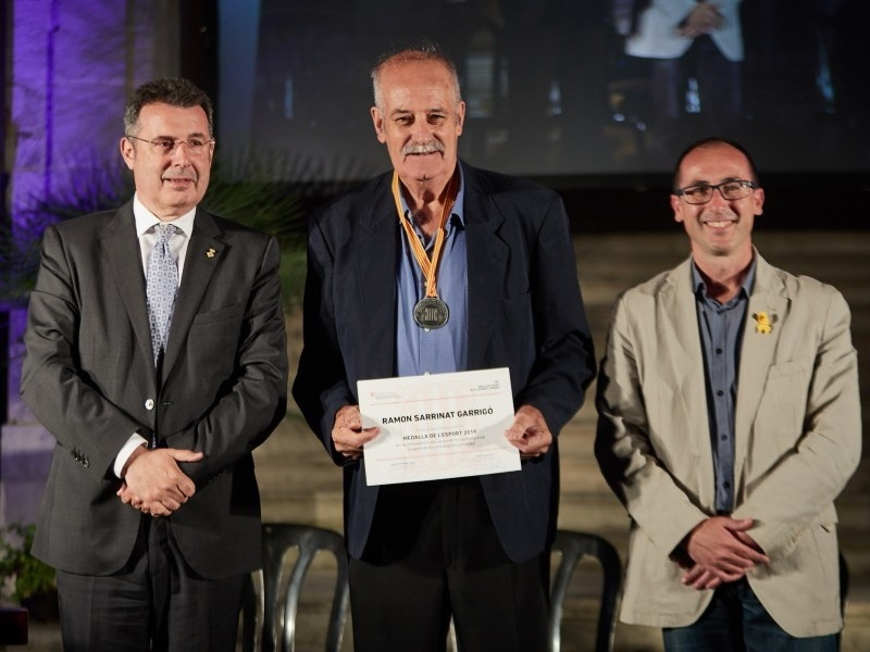 Foto 9: Lliuren les Medalles de l'Esport en homenatge al llegat esportiu de quinze gironins
