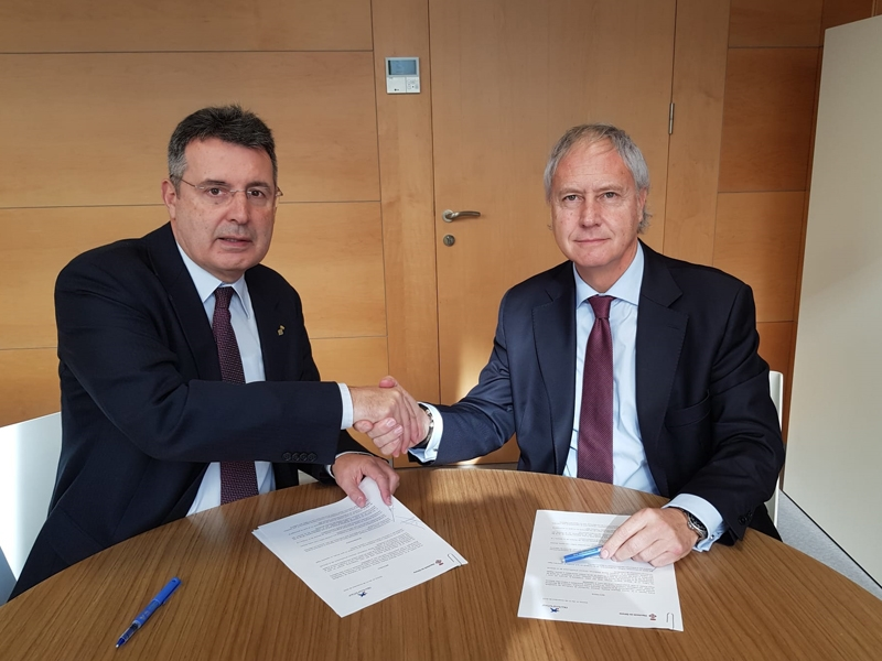 Foto 1 : <p>La Diputaci&oacute; de Girona signa un conveni de col&middot;laboraci&oacute; amb la Fundaci&oacute; Banc&agrave;ria &ldquo;la Caixa&rdquo;</p>