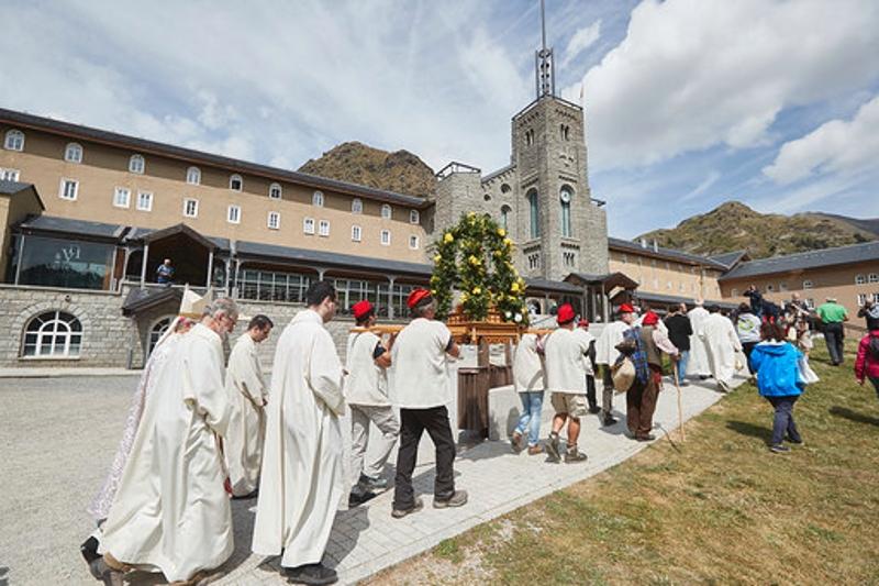 Foto 6: <p>El president de la Diputació de Girona assisteix a la festivitat de Sant Gil</p>