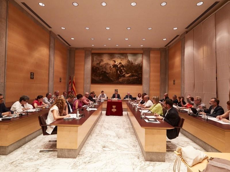 Foto 3 : Aprovat el Cartipàs de la nova legislatura de la Diputació de Girona