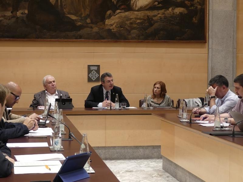 Foto 2 : La darrera sessió plenària de la legislatura se centra en la millora dels municipis i de la xarxa viària de les comarques gironines<br>