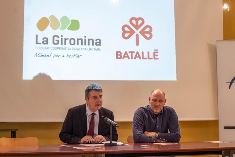 Foto 4: <p>El president de la Diputaci&oacute; obre la primera jornada sobre el bestiar porc&iacute; a la demarcaci&oacute; de Girona</p>