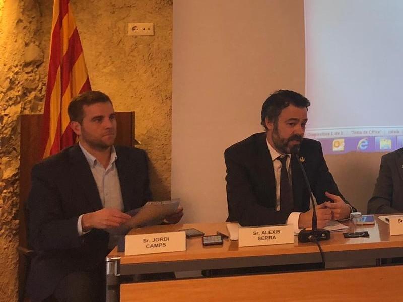 Foto 2 : <p>Jornada &laquo;El rol dels municipis en la reforma hor&agrave;ria&raquo;</p>