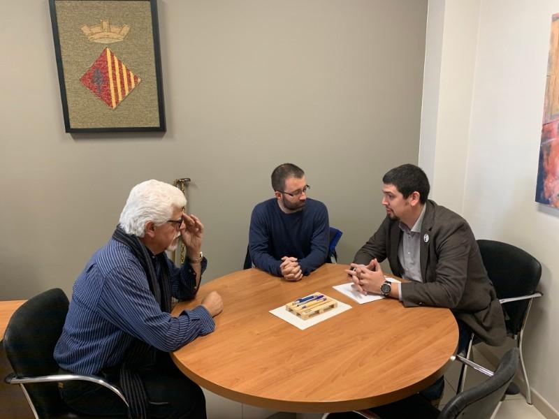 Foto 1 : <p>El vicepresident Pau Presas visita els municipis de Sant Gregori i Sarri&agrave;</p>