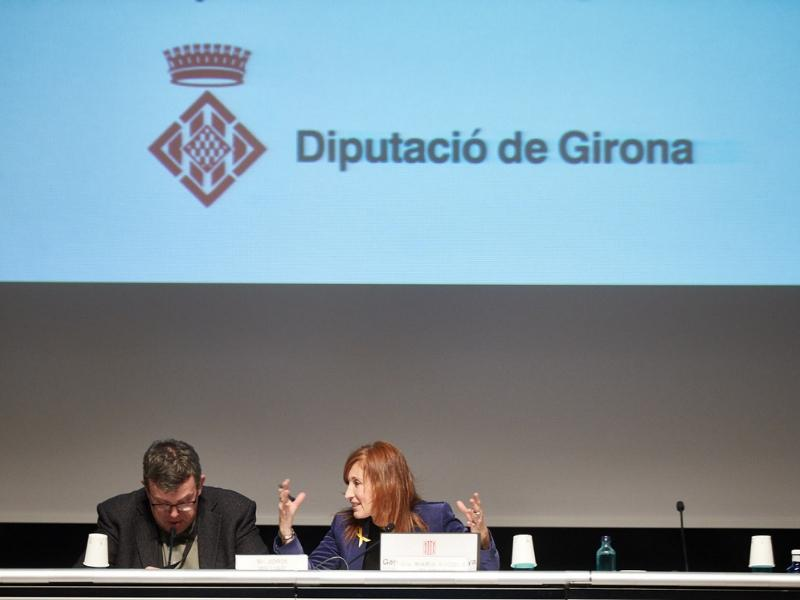 Foto 4: La vicepresidenta M Àngels Planas assisteix a la Jornada d'Innovació Tecnològica en Smart Cities<br>