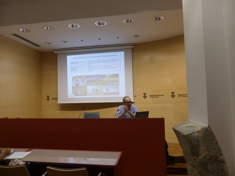 Foto 2 : El Consorci de les Vies Verdes de Girona presenta els resultats del seu estudi de valoració en els mercats internacionals<br>