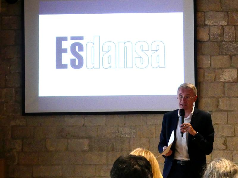 Foto 2 : Albert Piñeira participa en la presentació de l'Ésdansa 2019