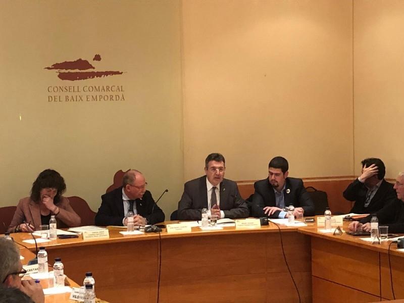 Foto : <p>Miquel Noguer i Pau Presas es reuneixen amb el Consell d&rsquo;Alcaldes del Baix Empord&agrave;</p>