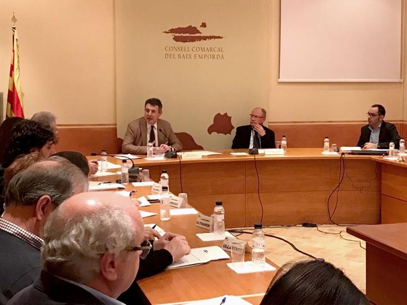 Foto : <p>Miquel Noguer es reuneix amb el Consell d&rsquo;Alcaldies del Baix Empord&agrave;</p>