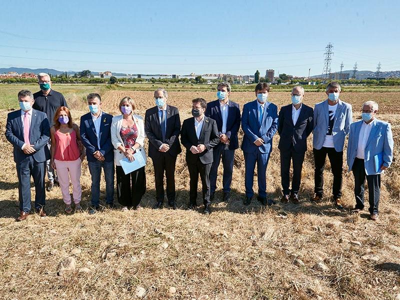 Foto : <p>Visita als terrenys del nou campus de salut de Girona</p>