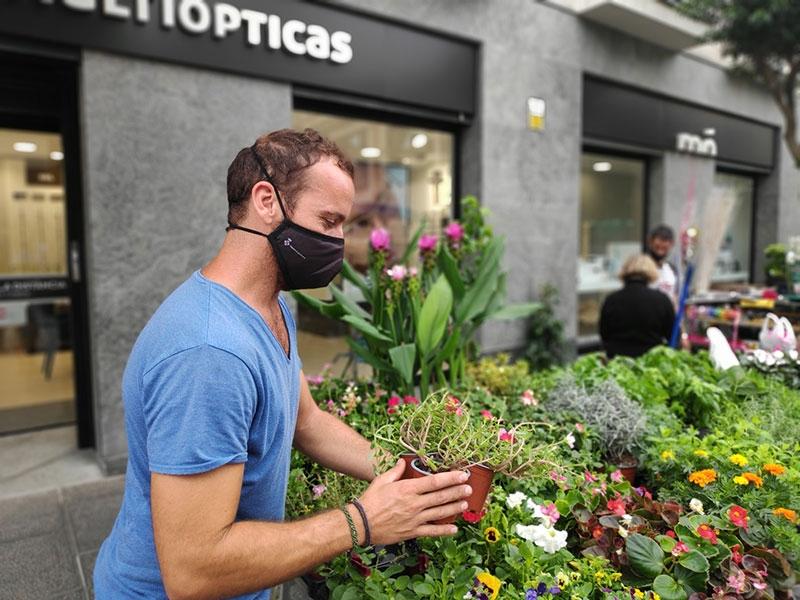 Foto : <p>Les activitats d'«Estimo el meu mercat» continuen als mercats de Lloret, Olot i Salt</p>