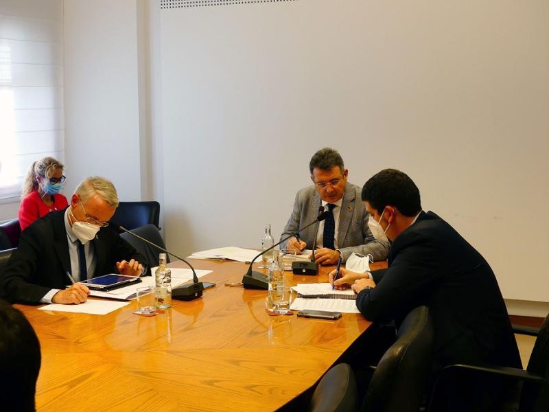 Foto : <p>La Diputació de Girona duu a terme la sessió plenària corresponent al mes d'octubre</p>