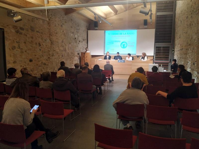 Foto : <p>&laquo;R&agrave;dio i diversitat&raquo;, taula rodona per commemorar el Dia Mundial de la R&agrave;dio</p>
