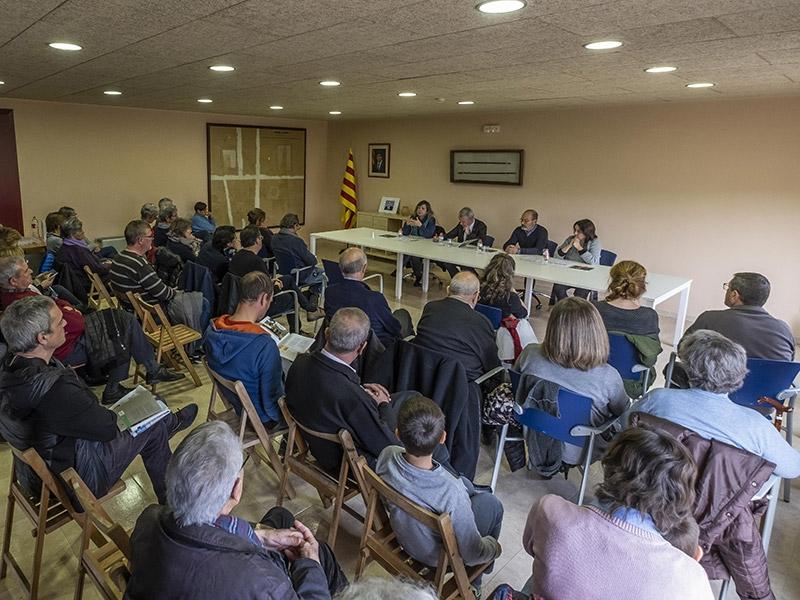 Foto 3 : <p>Presentaci&oacute; d&#39;una nova monografia dels &laquo;Quaderns de la Revista de Girona&raquo; dedicada a Mai&agrave; de Montcal i Dosquers</p>