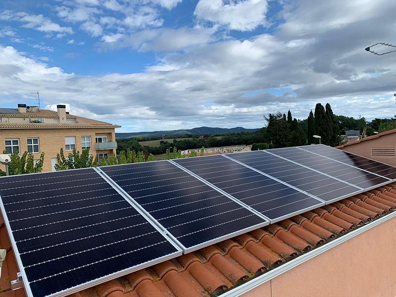 Foto : La Diputació tindrà oficines de transició energètica en els consells comarcals del Gironès, Baix Empordà i Ripollès</