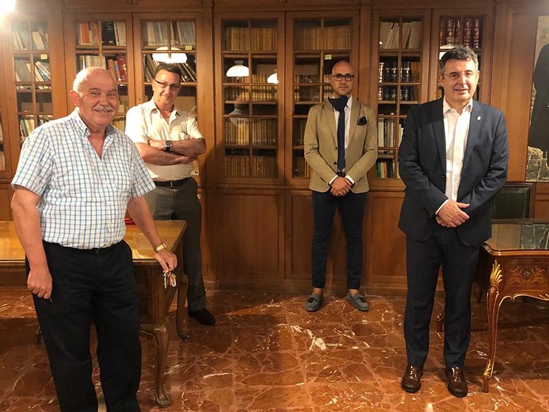 Foto : <p>Miquel Noguer visita el Cercle Català de Madrid</p>