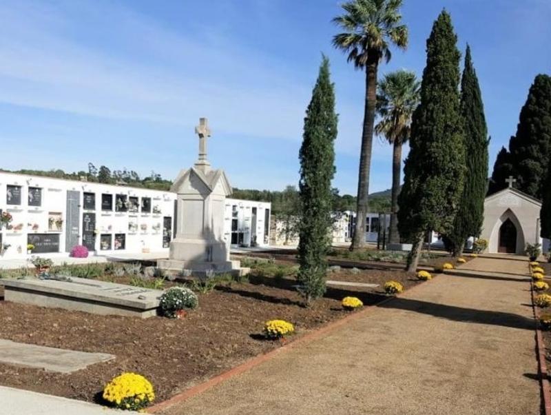 Foto : Cementiri de Garriguella