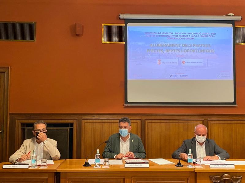 Foto : La Diputació de Girona i la Cambra de Comerç presenten un estudi sobre els efectes de l'eliminació dels peatges a l'A