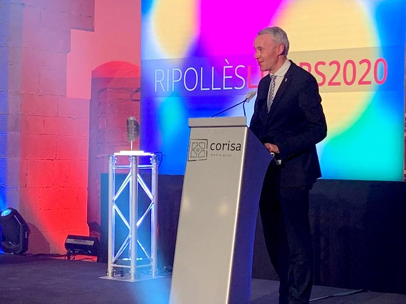 Foto : El vicepresident segon de la Diputació, Albert Piñeira, participa en els premis Ripollès Líders