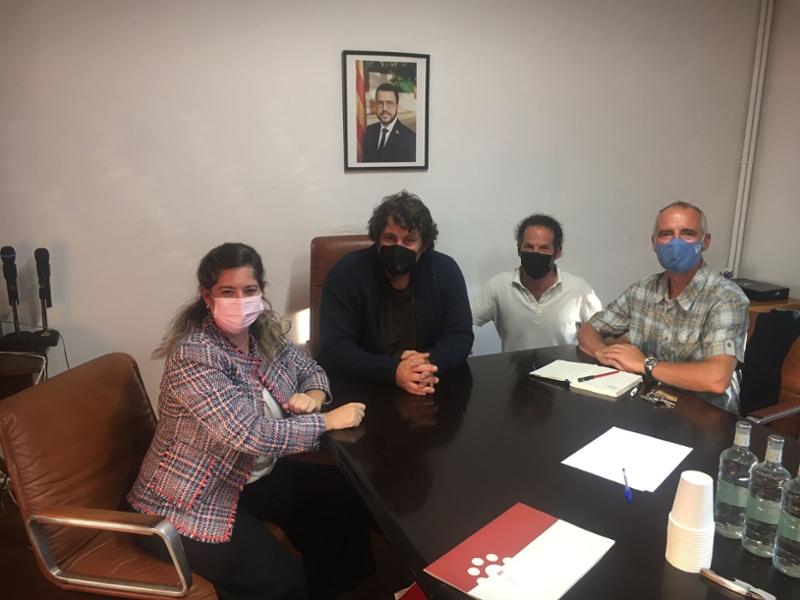 Foto : La vicepresidenta tercera, Maria Puig, visita Alp i coneix les seves necessitats en l'àmbit social i de salut pública