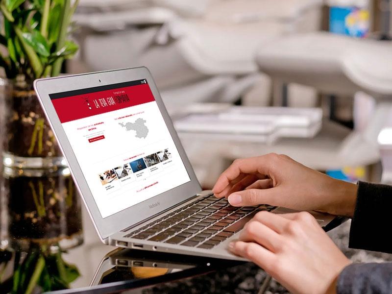 Foto : La cerca d'ofertes laborals per comarques s'afegeix al web Formació en Xarxa de la Diputació de Girona