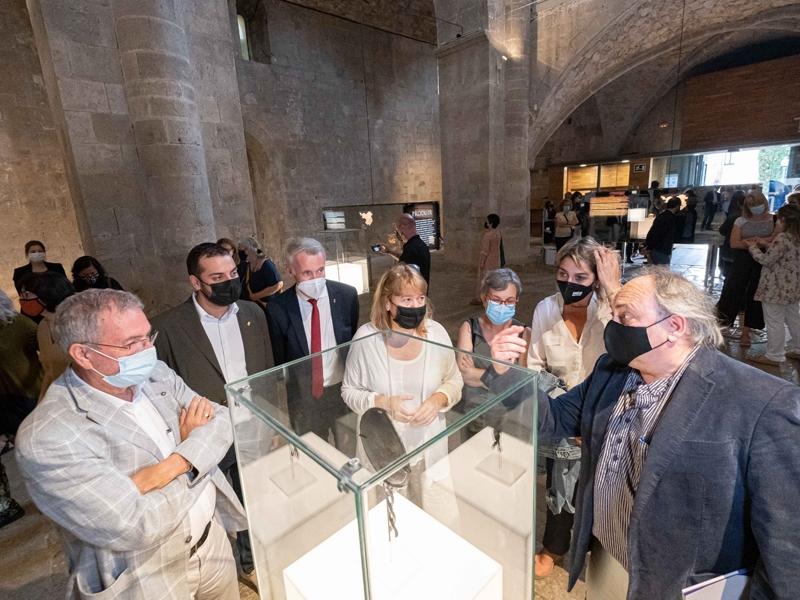 Foto : Albert Piñeira,en la inauguració de l'exposició «El temps de la memòria. Tresors del Museu d'Arqueologia de Cat