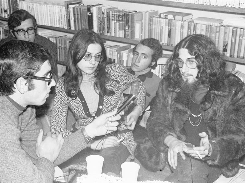 Foto : Entrevista a Pau Riba a la llibreria Les Voltes de Giron